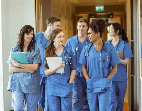 nursing school for adults 3 reasons why you should network as a student daily