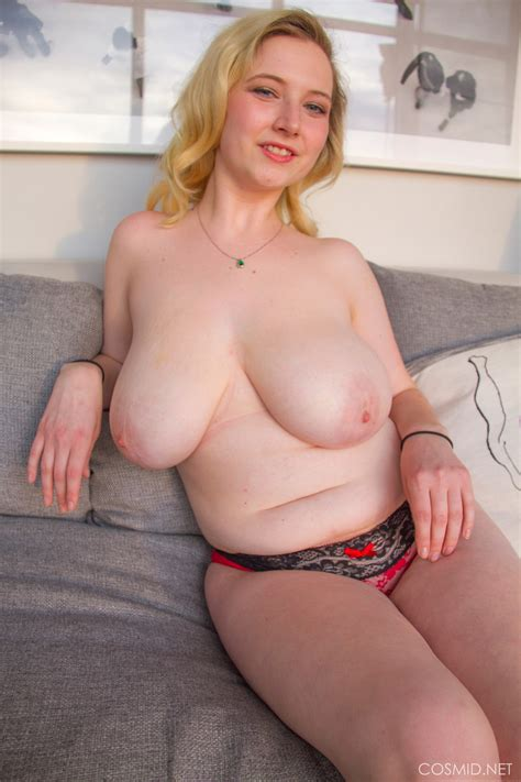 mim turner thick and bubbly cosmid curvy erotic