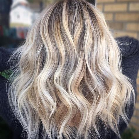full foil highlights vs partial the 25 best partial blonde highlights ideas on pinterest