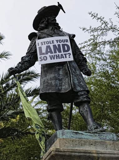 south african statues   fall