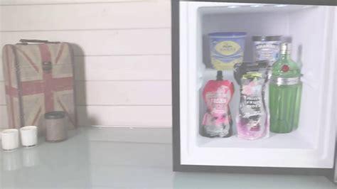 Freezer Es Krim Mini iceq 36 litre counter top glass door display mini freezer