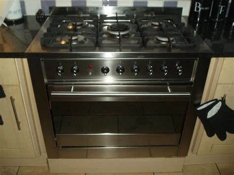 Daftar Oven Gas Ariston ariston 90cm gas range cooker purchase sale and exchange ads