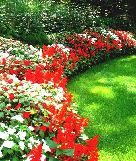 Small Flower Garden Ideas Flower Bed Ideas For Front Of House Back Front Yard