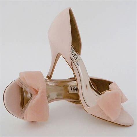 blush colored high heels badgley mischka zandra in blush i can hear the bells