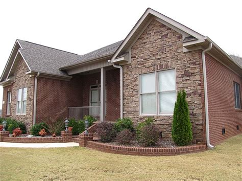 Small Brick House Curb Appeal This Brick Home Has Major Curb Appeal Thanks To Details