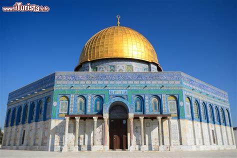 cupola autoportante la moschea islamica della cupola della roccia foto