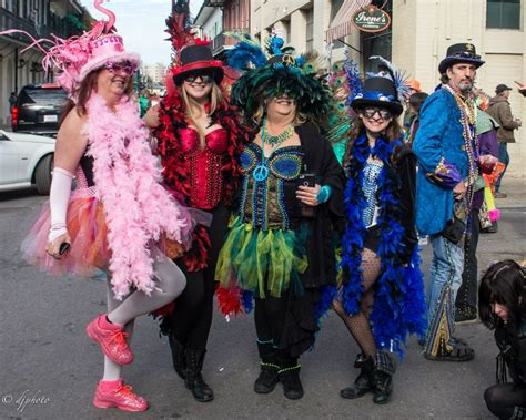 how to get at mardi gras how to dress for mardi gras
