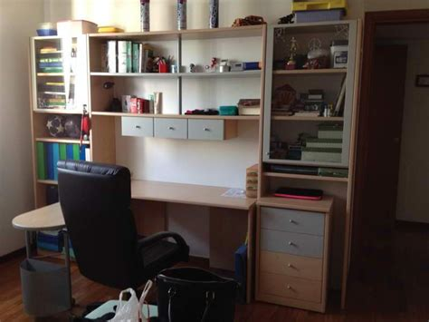 camere da letto con scrivania ragazzi con letto e scrivania libreria a cernusco