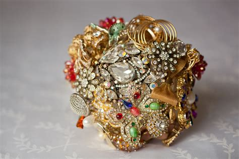 Handmade Brooch Bouquet - diy handmade brooch bridal bouquet