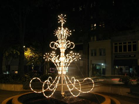christmas lights augusta ga augusta georgia downtown decorations