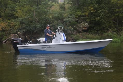 blue wave boats construction 2000 purebay standard optional features blue wave