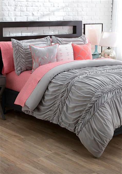 coral and gray bedding best 25 coral room decor ideas on pinterest coral
