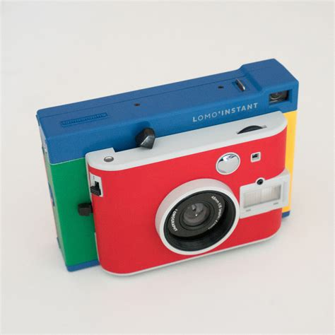 Camera Giveaways - giveaway lomo instant cameras from lomography