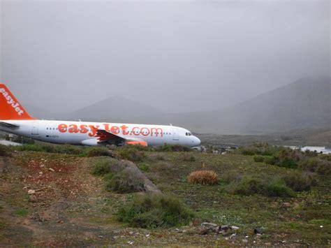 lanzarote turisti per caso lanzarote aeroporto viaggi vacanze e turismo turisti