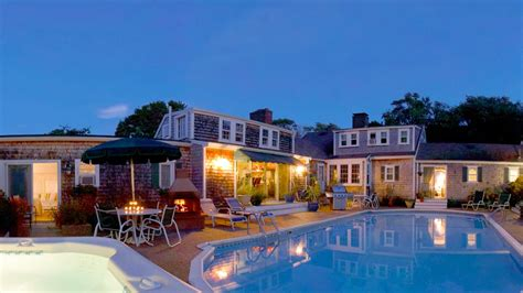 bed and breakfast cape cod cape cod s best bed and breakfasts cape cod travelchannel com cape cod vacation