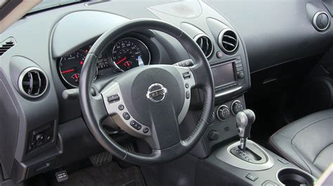 review 2013 nissan rogue sl frugal crossover with