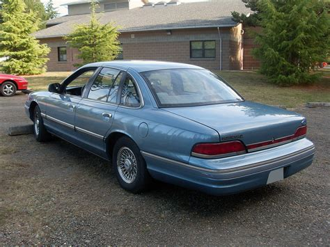 books about how cars work 1997 ford crown victoria parental controls file 1994 ford crown victoria jpeg wikimedia commons