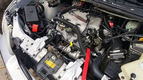 how do cars engines work 2002 pontiac montana user handbook 1999 2005 chevy venture pontiac montana oldsmobile silhouette alternator replacement youtube