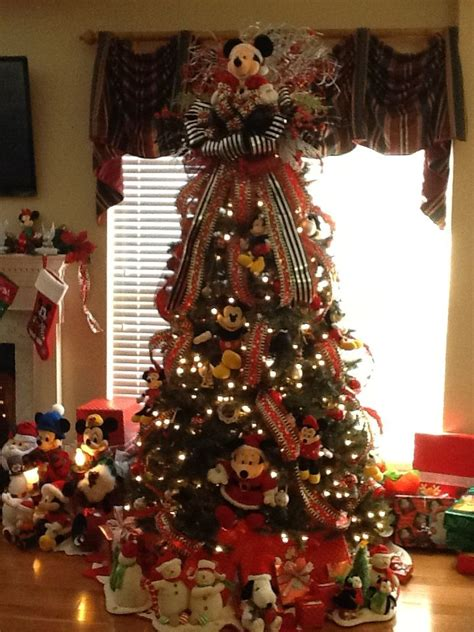 disney christmas tree ideas 35 disney decorations ideas decoration
