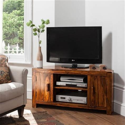 TV Cabinet Made with Pallets   Pallets Designs
