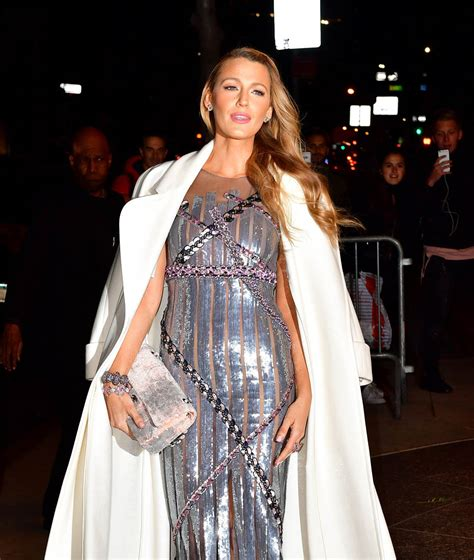blake lively  outfit multiple times  promoting