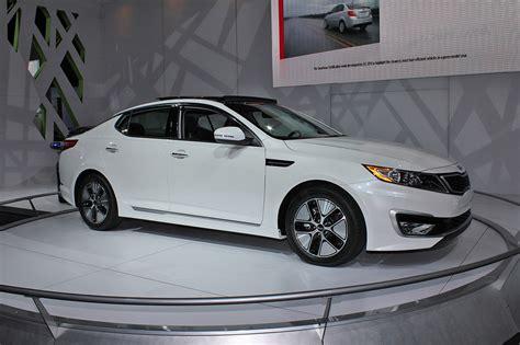 Martin Honda Mazda Kia Kia Announces 2011 Optima Hybrid Pricing