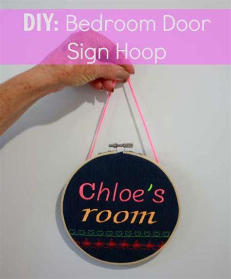 Bedroom Door Sign Maker Diy Bedroom Door Sign Hoop Handmade Kidshandmade