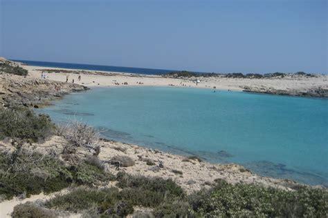 porto della grecia karpathos spiaggia di diakoftis viaggi vacanze e