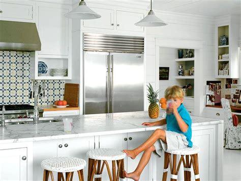 White Coastal Kitchen - carrara marble countertops tuvalu home