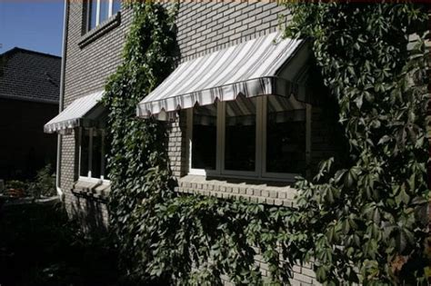 Retractable Awnings Ct by 5071 S Auckland Ct Co 80015