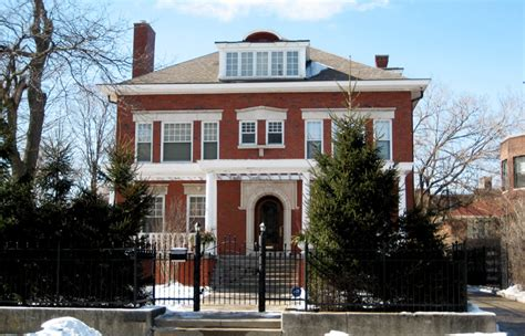 obamas house chicago 24 chronic news homes of the rich and famous