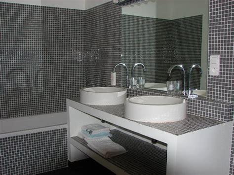 modele salle de bain et baignoire ciabiz