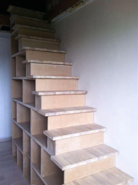 Fabriquer Un Escalier Avec Des Caissons by Escalier Biblioth 232 Que Par S 233 Bastien Dehut Sur L Air Du Bois
