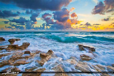 beautiful com beautiful blue waves at carlin park jupiter