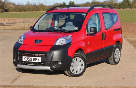 peugeot bipper tepee peugeot bipper tepee estate 2009 2014 photos parkers