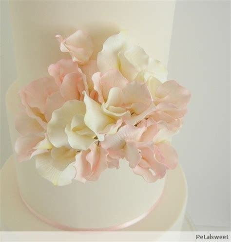 Pink and white sweet peas on three tiers by Petalsweet