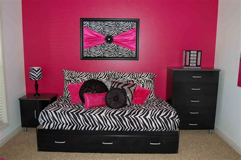 zebra print decor for bedroom zebra print decorating ideas bedroom home design ideas