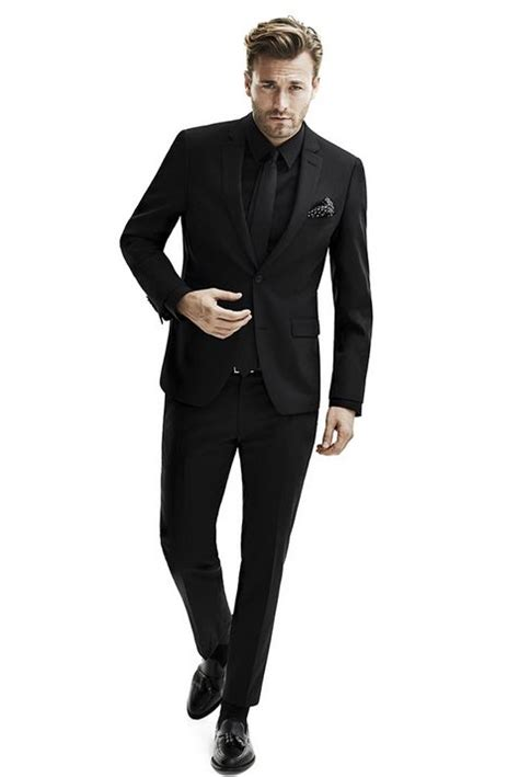 the in the black suit best 25 black suit ideas on black suits