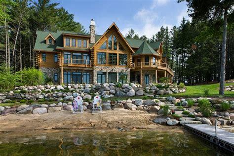 superbe maison en bois de luxe de 490m 178