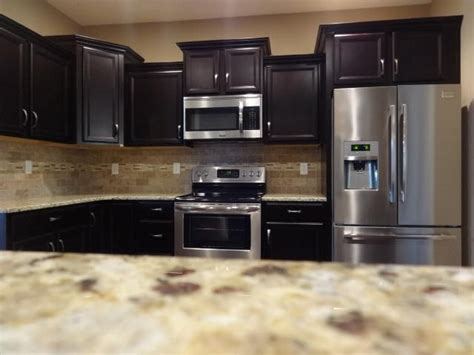 Painting Kitchen Cabinets Espresso Cabinets Timberlake Tahoe In Espresso Backspash Quot 3 Quot X 6 Quot Tumbled Travertine With Gilford