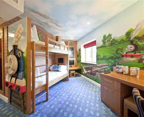 drayton manor hotel gets four stars have a lovely time