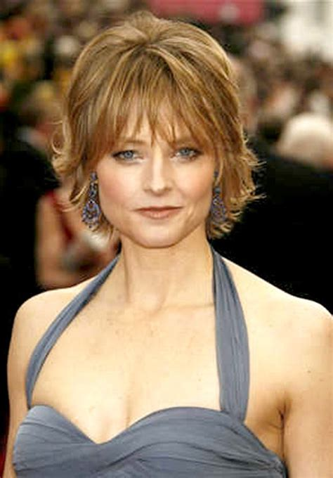 haircuts for women over 40 to look younger soft shag hairstyle