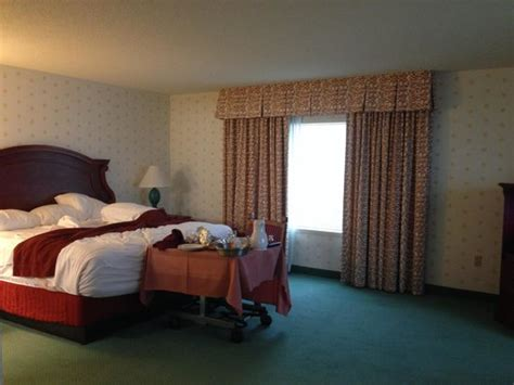 tropicana ac rooms suite king size separate bed room picture of tropicana casino and resort atlantic city