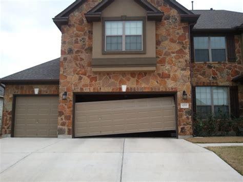 Do It Yourself Garage Door Repair Cressy Door Fireplace Garage Door Repairs Do It Yourself