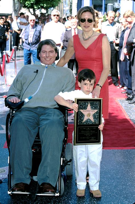 christopher reeve leg christopher reeve s son calls on others to aid in spinal