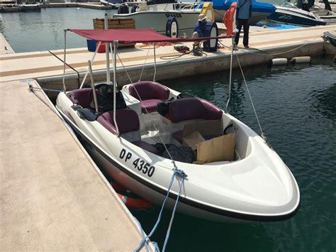 fast boat dubai dubizzle dubai racing boat yamaha speed boat very fast