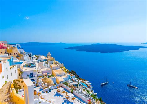 cheap santorini that includes flights and hotel for only 327