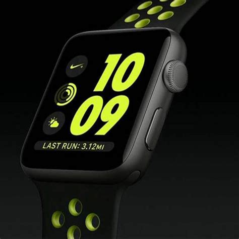 Smartwatch Nike nike makes a move on apple smartwatch here s the sports version