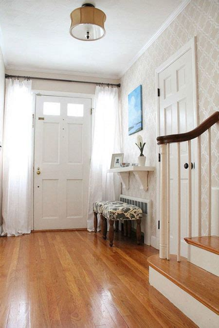 ways    small entryway  impressive tips forrent