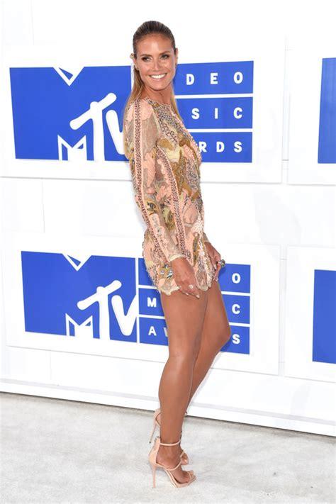 Catwalk To Carpet Mtv Awards by 2016 Mtv Awards Heidi Klum In Roberto Cavalli